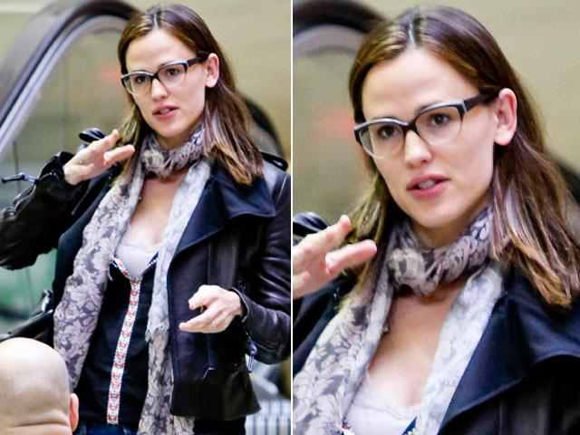 Jennifer Garner Wearing Eyeglasses