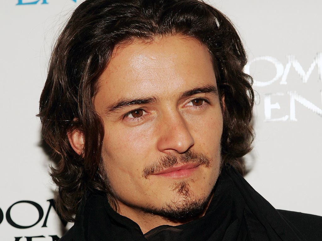 Orlando Bloom - Height, Weight, Measurements & Bio