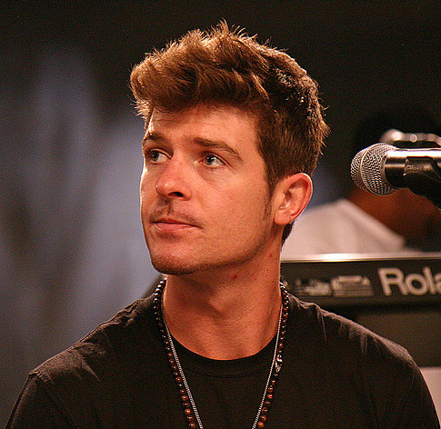 Robin Thicke Height Weight Measurements Amp Bio