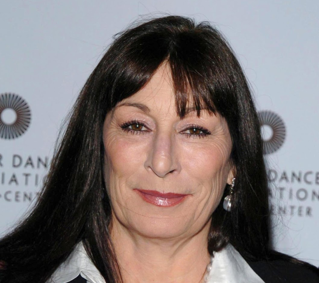 anjelica huston facelift plastic surgery before and after | celebie