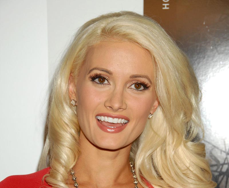 Holly madison nose job plastic surgery before and after celebie