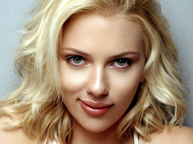 Scarlett Johansson Beauty Routine