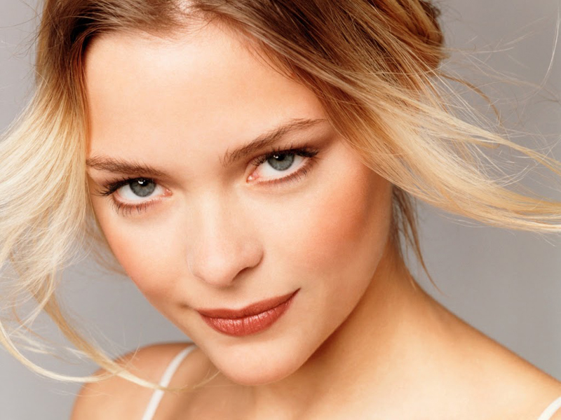 Jaime King Beauty Routine