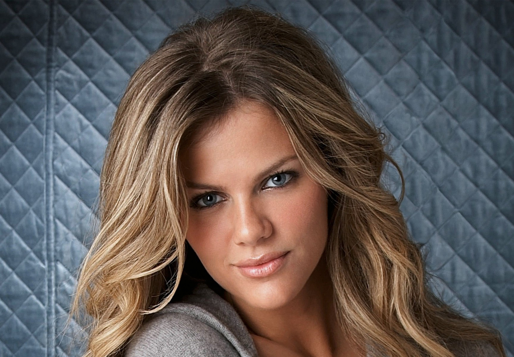 Brooklyn Decker - Height, Weight, Bra Size, Measurements & Bio | Celebie